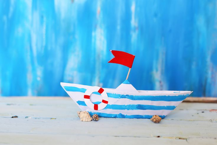 Τα καραβάκια είναι ένα σύμβολο του καλοκαιριού που μπορείτε να φτιάξετε με την τεχνική origami, Mια όμορφη ιδέα για μπομπονιέρα βάφτισης