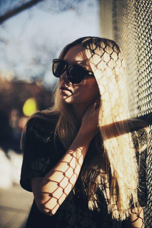 .Shades, Fence, Blondes, Chains, Oakley Sunglasses, Ray-Ban Aviator, Hair, Ray Bans Sunglasses, Shadows