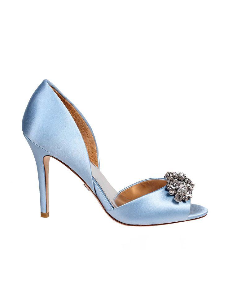 Wedding day inspiration from Kleinfeld Canada: Badgley Mischka shoes, Giana Light Blue