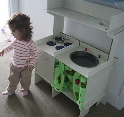 How To: Make a Toy Kitchen Out of Cardboard | Apartment Therapy
