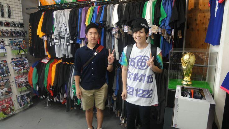 【新宿2号店】2014.05.29 靴下をお買上いただきました!カリーのユニフォームはまた次回wお待ちしております(^O^)