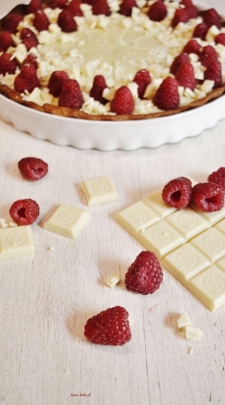 rapsberry tart cake with white chocolate. tarta malinowa z białą czekoladą.