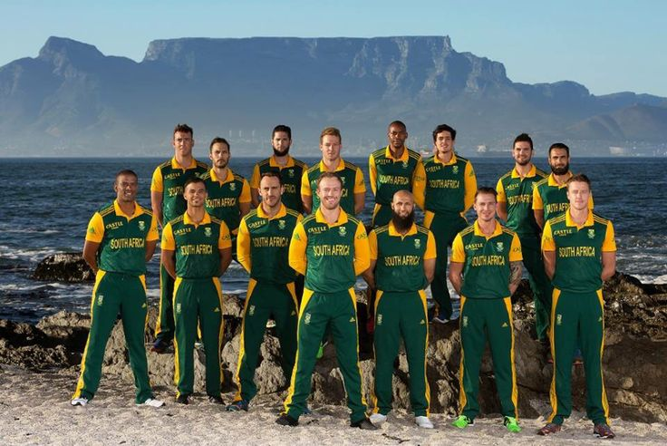 Proudly South African Cricket team with Table Mt in the background.