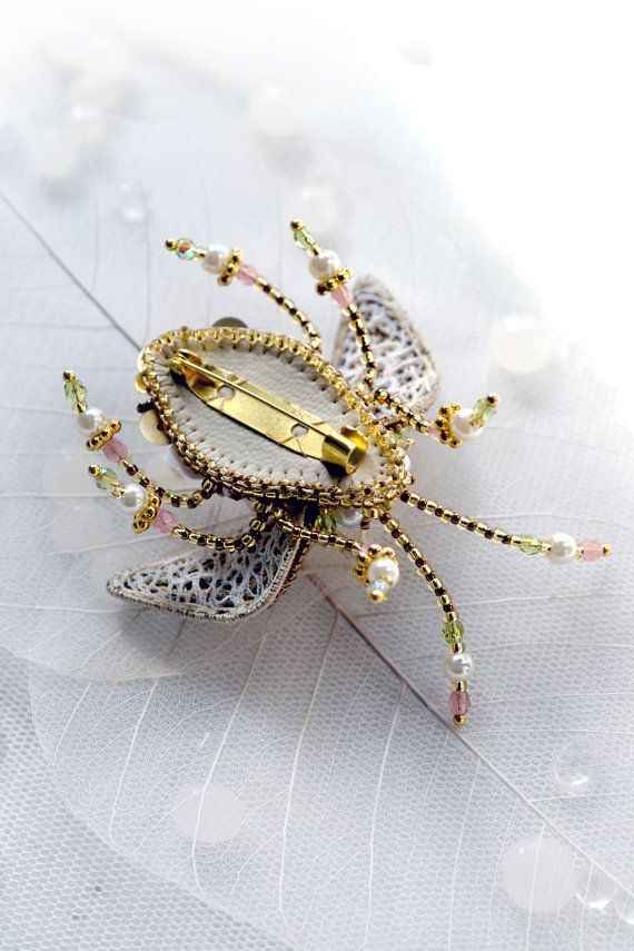 Beetle Brooch Hand embroidered Designer от PurePearlBoutique