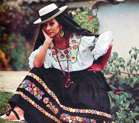 trajes tipicos de colombia cundinamarca
