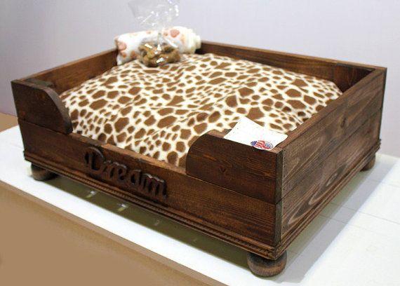 17 meilleures id es propos de lits pour chien sur - Lit pour chien en palette ...