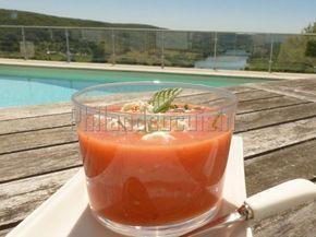 Recette Entrée : Soupe froide tomate, pastèque, menthe avec ou sans feta par Philandcocuisine