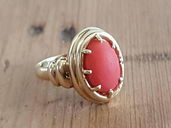 Check out this item in my Etsy shop https://www.etsy.com/au/listing/560123353/vintage-14ct-gold-coral-ring-real-solid