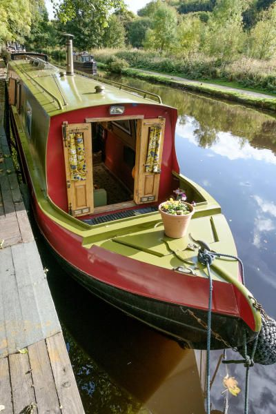 STS Boats 57 Cruiser Stern for sale UK, STS Boats boats for sale, STS Boats used boat sales, STS Boats Narrow Boats For Sale Juana Hebden Bridge - Apollo Duck