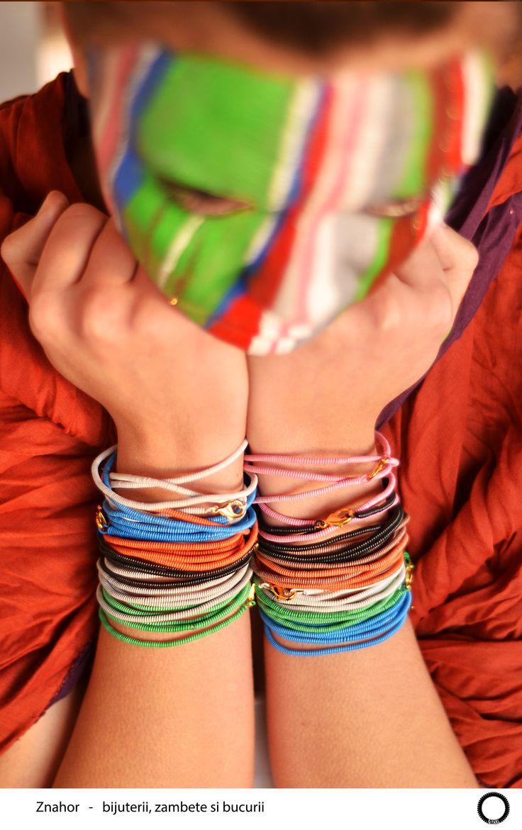 coloured bracelets -The Snake collection - coloured make-up