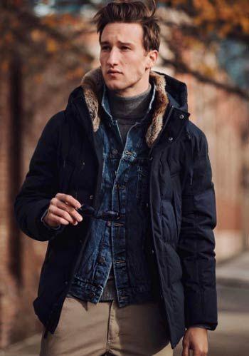 【冬】紺ダウンジャケット×チノパン×インナーGジャンの着こなし(メンズ)   Italy Web