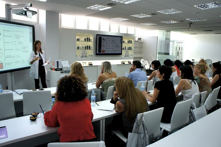 What makes #pHformula special? Many of our medical professionals train with us at the #SkinAcademy in Barcelona!