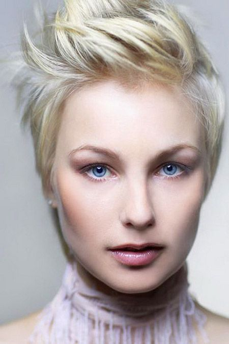 Wondrous Best 25 Short Brunette Hairstyles Ideas On Pinterest Short Hairstyles For Women Draintrainus