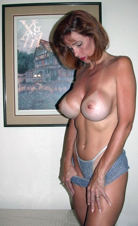 House Mom Mature 92