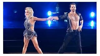 Nyle DiMarco's shirtless DWTS routine tonight has a much deeper ...