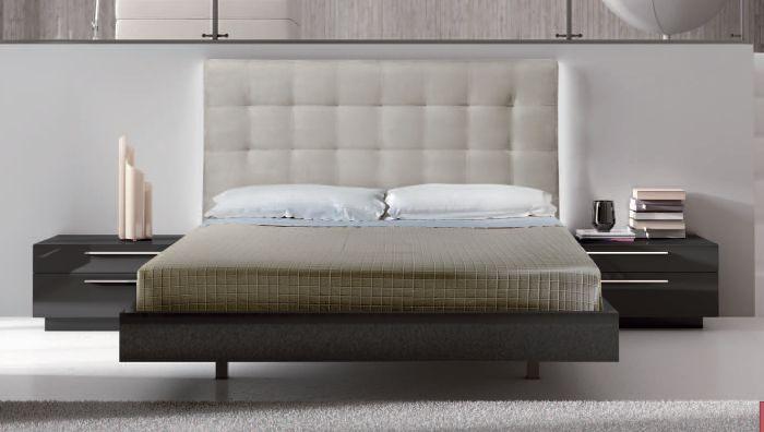 Mobiliario de dormitorio cabecero tapizado en piel y for Mobiliario dormitorio