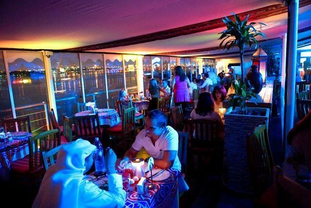 Parties   Illustration   Description   QD's Al Sultan tent Located in the Dubai Creek Golf & Yacht Club in Deira, the air-conditioned tent offers a range of hot and cold Arabic mezze, such as vine leaves, sambousek, salads, kebbeh and famous dishes from Turkey for snacking throughout the...