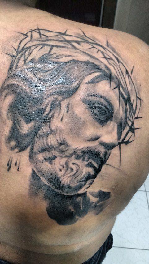 tatuaje de escultura de jesucristo .! realizado en grises . espero les guste otro de mis trabajos saludos a todos