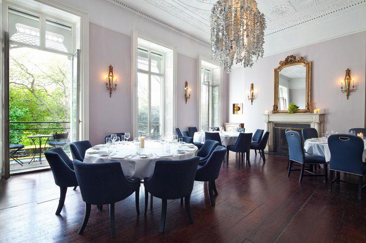 The Cliff Townhouse hotellin vuokrattavissa oleva yksityinen ruokailutila. © The Cliff Townhouse