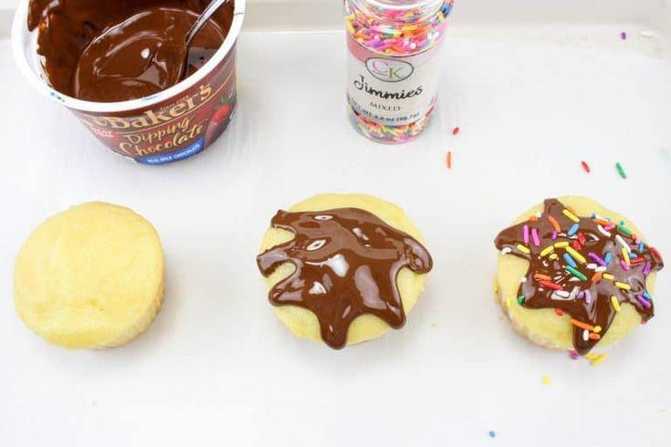 Schmelzende Eistüte #cupcakes sind einfach zuzubereiten und sehen aus wie …   – eggless recepits