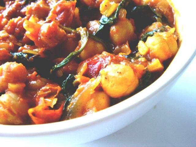 csicseiborsó curry spenóttal CHILI & VANILIA