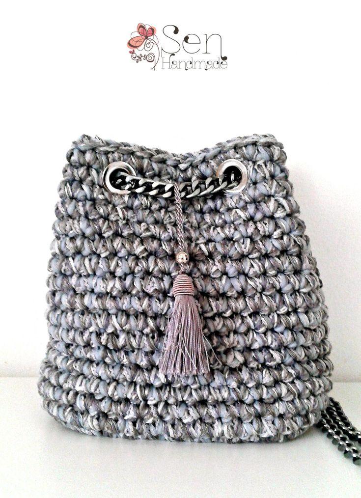 mini pouch bag in grey shades