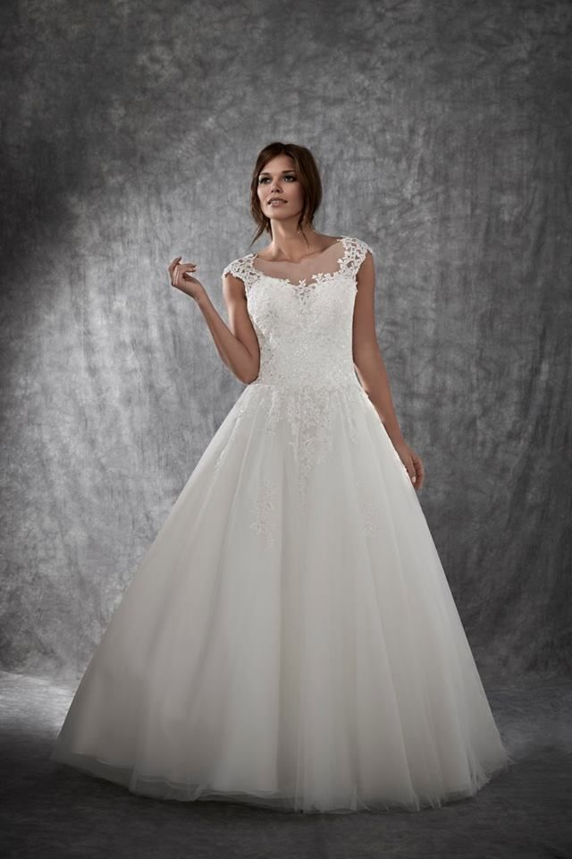 A Beautifully Designed Gown Soft Laced Bodice With Full Tulle Skirt