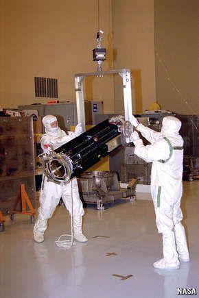 Out of the dark: America resumes production of plutonium-238 to power its space probes - Do escuro: América retoma a produção de plutónio-238 para alimentar suas sondas espaciais