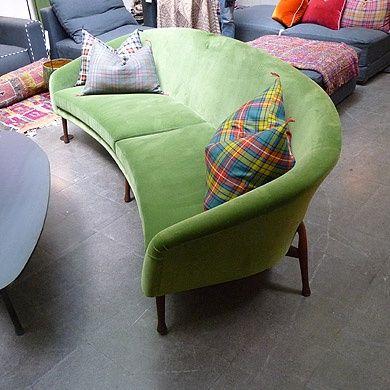 les 25 meilleures id es concernant canap s vert fonc sur pinterest chambres familiales. Black Bedroom Furniture Sets. Home Design Ideas