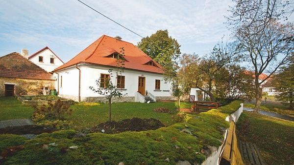 Zrekonstruovaná fara podle projektu Edity Vlčkové