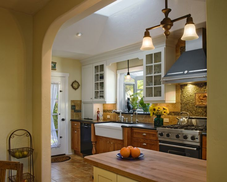 8 best santa barbara craftsman kitchens images on for Santa barbara kitchens