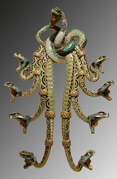 Rene Lalique - Art Nouveau Snakes Pendant-Brooch. Gold and Enamel. Circa 1900. #FredericClad
