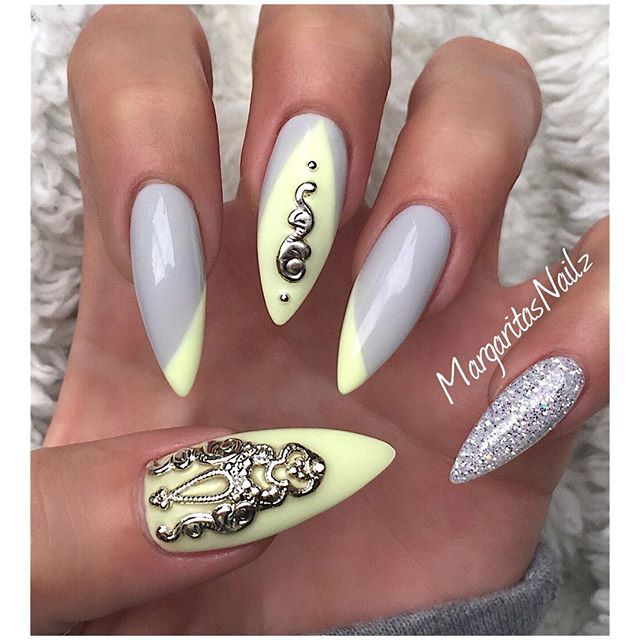 Handmade nail jewelry from @alleycatjewelry #MargaritasNailz #nails #GelNails #nailfashion #allprettynails #nailartgallery