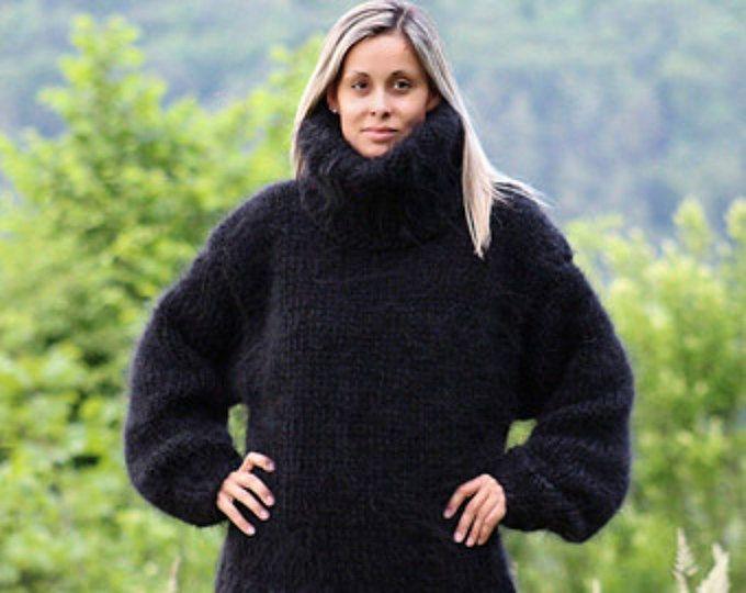 Hand gebreide Mohair trui zwart Ultra dikke 10 strengen Fuzzy trui Pullover trui - MADE to ORDER - door Extravagantza