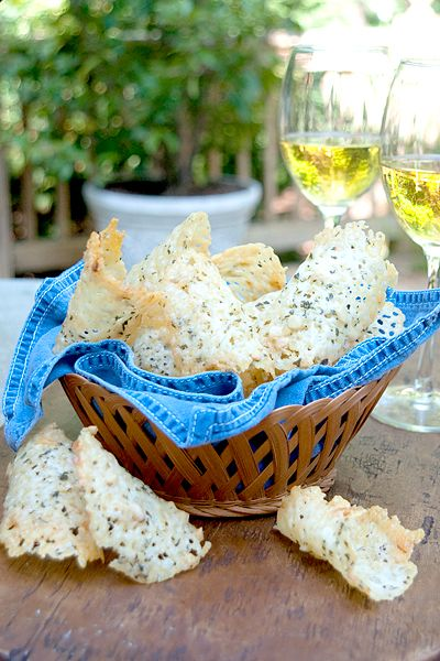 Asiago Cheese Crisps from @NevrEnoughThyme http://www.lanascooking.com/2012/05/01/asiago-cheese-crisps/ #cheese #appetizers