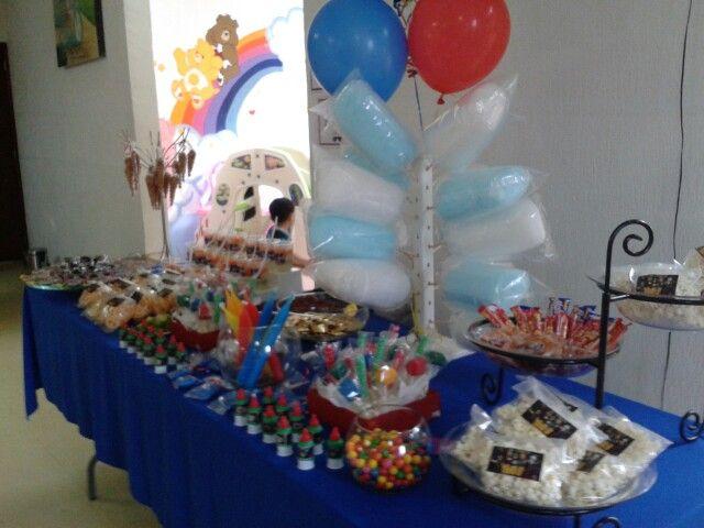 Mesa de dulces de los avengers mesas de dulces - Mesa dulce infantil ...
