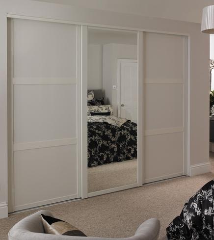Shaker Mirror Door White with Shaker Panel Door White