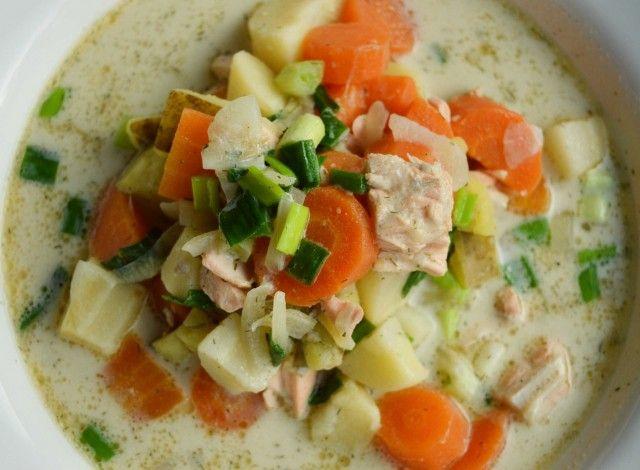 Zuppa finlandese di salmone