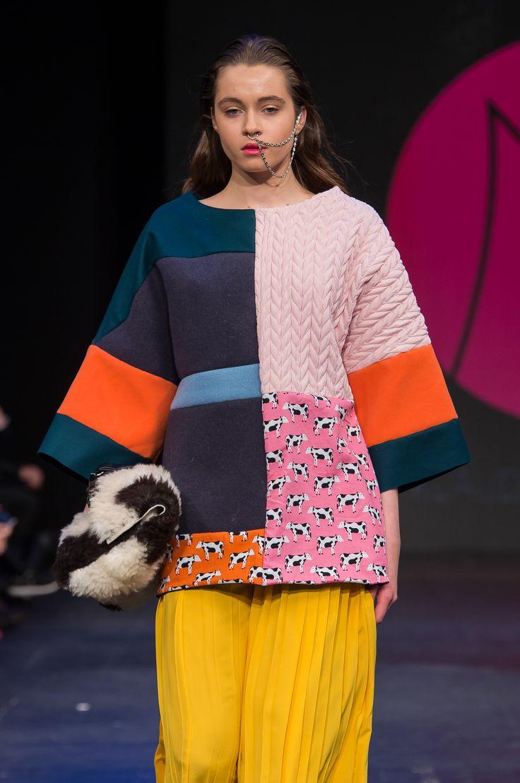 #fwpl #seat #fashionweek #fashionweekpoland #carlorossi