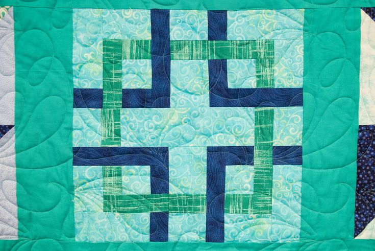 Celtic Square Block Pattern | Learn how to make a classic Celtic square with our newest Quilt Block of the Month video!