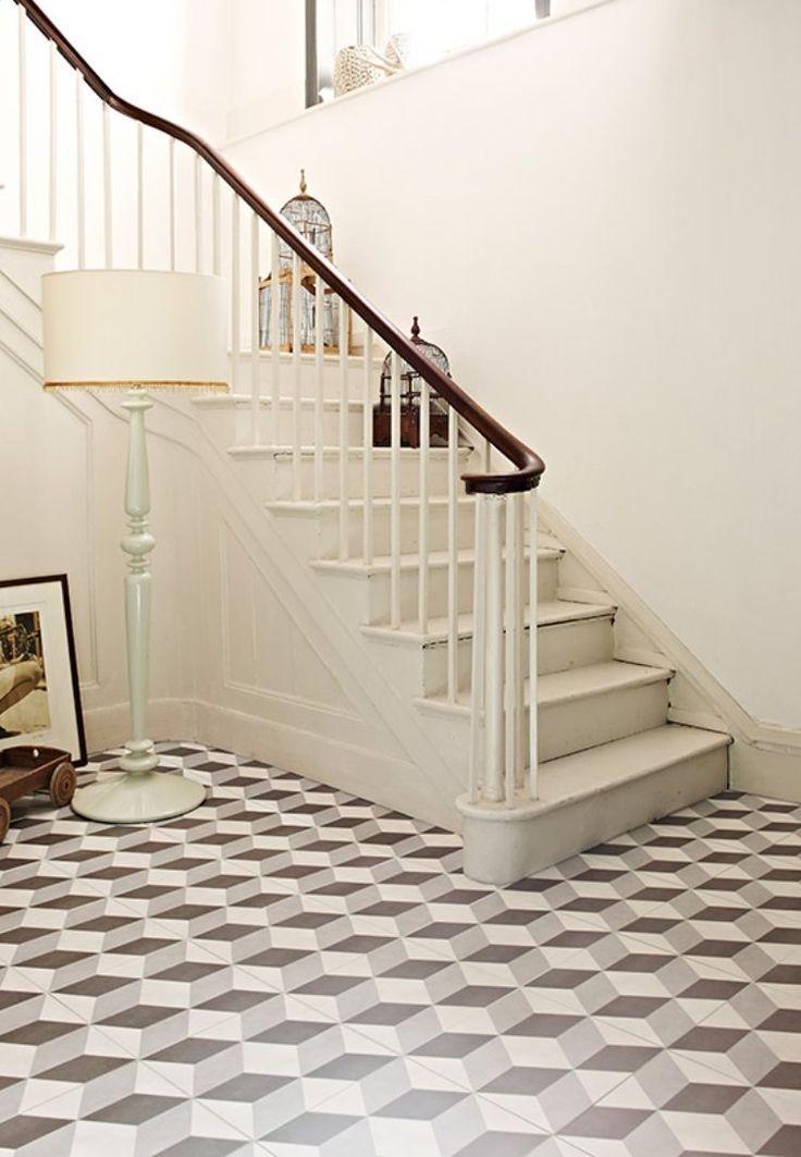 17 meilleures id es propos de escaliers en carrelage sur for Carrelage ciment guell 1