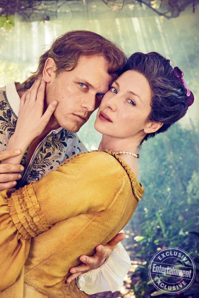 New photo of Sam Heughan as Jamie and Caitriona Balfe as Claire from Entertainment Weekly - Outlander_Starz Season 3 Voyager - November 9th, 2017