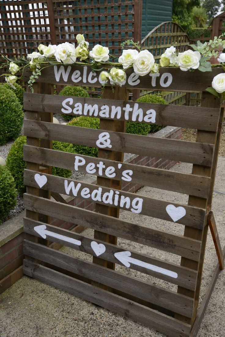 The 25+ best Wedding pallet signs ideas on Pinterest ...
