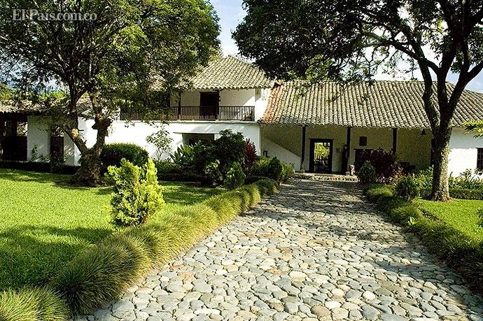 El museo de la Caña de Azúcar está ubicado en la Hacienda Pichindé, entre…