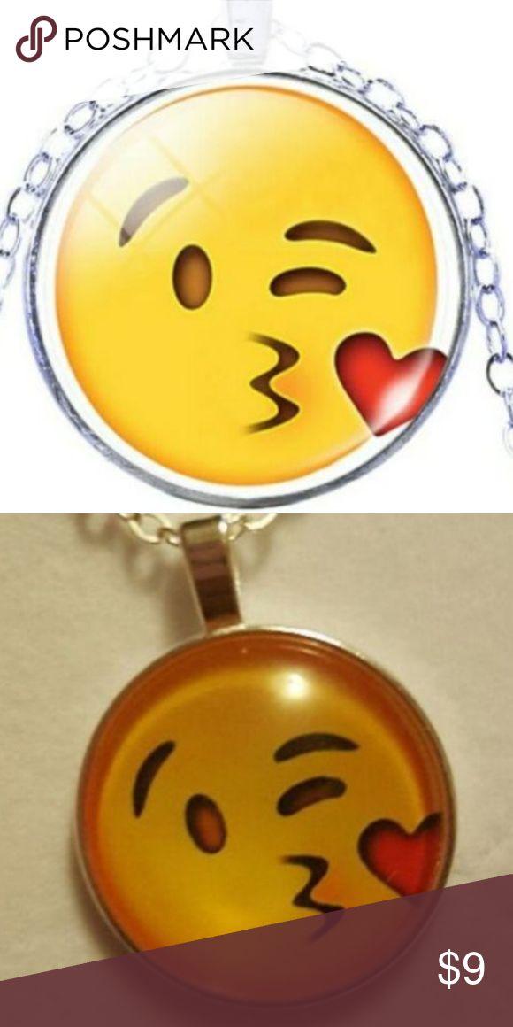Kissy face emoji necklace Adorable emoji kissy face necklace one size fits all!! Jewelry Necklaces