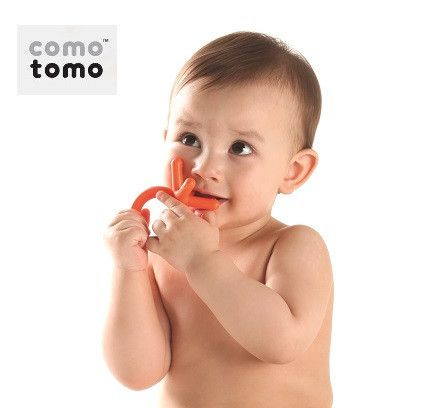 Como Tomo Teether Your little ones love to chomp on their itty bitty fingers and there's probably a good reason for that. Comotomo silicone baby teethers are baby finger sized and perfectly designed for their little hands to easily grab and hold. You've found the best teething companion for your angel, promising an abundance of silent joy.  - Soft & flexible to mimic fingers. - Easy to grab & hold. - Multiple grabbing and biting points. - 100% safe medical grade silicone - Dishwasher safe