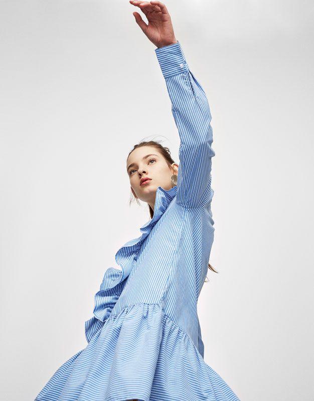 Pull&Bear - mujer - ropa - vestidos - vestido volantes rayas - azul - 05394358-V2017
