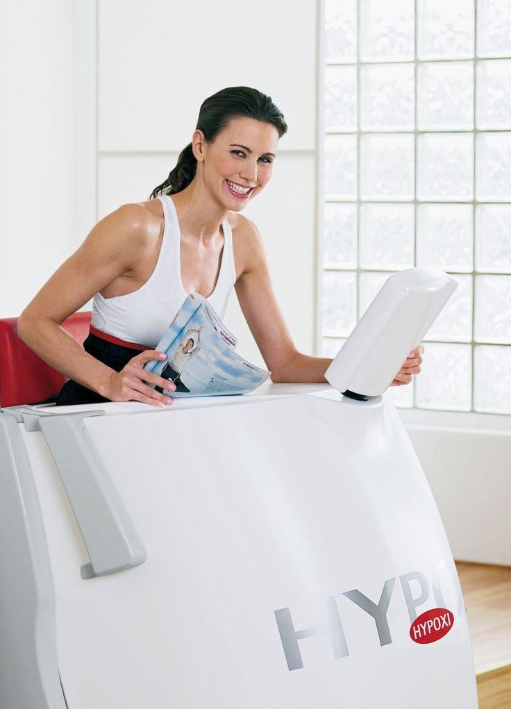 Die zweite Säule: Moderates Bewegungstraining! Leichtes Ergometer-Training bringt den Fettstoffwechsel in Schwung. Dies ist unverzichtbare Voraussetzung dafür, dass überflüssiges Fett aktiviert und durch den Blutkreislauf zur Verbrennung in den Muskeln abtransportiert wird.  www.hypoxi.com