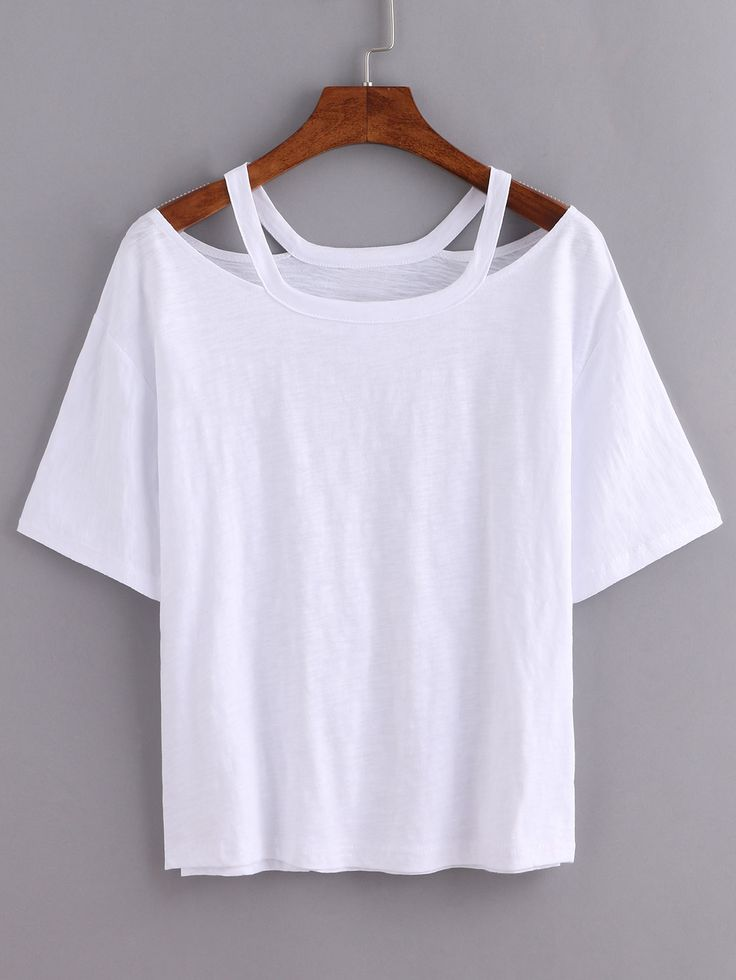 Loses T-Shirt mit Cutouts am Ausschnitt in weiß l…