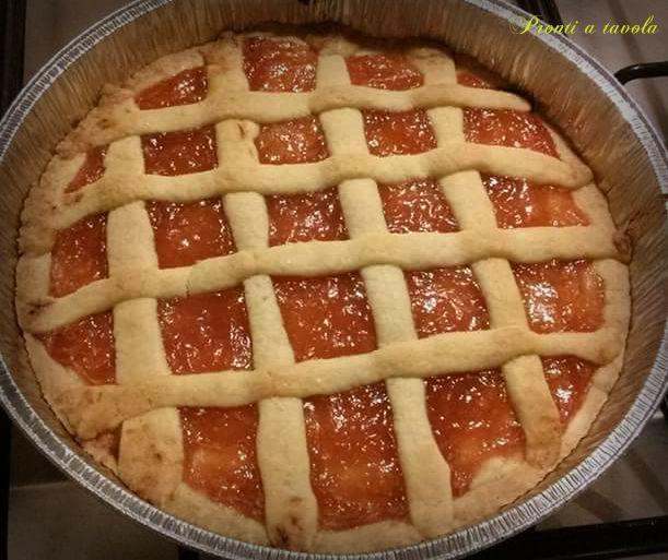 Crostata alla marmellata di mele cotogne